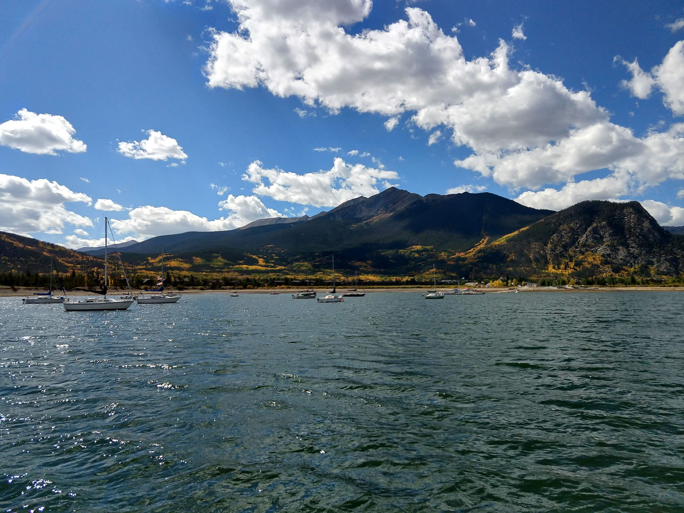Sailboats on Dillon Reservoir in autumn