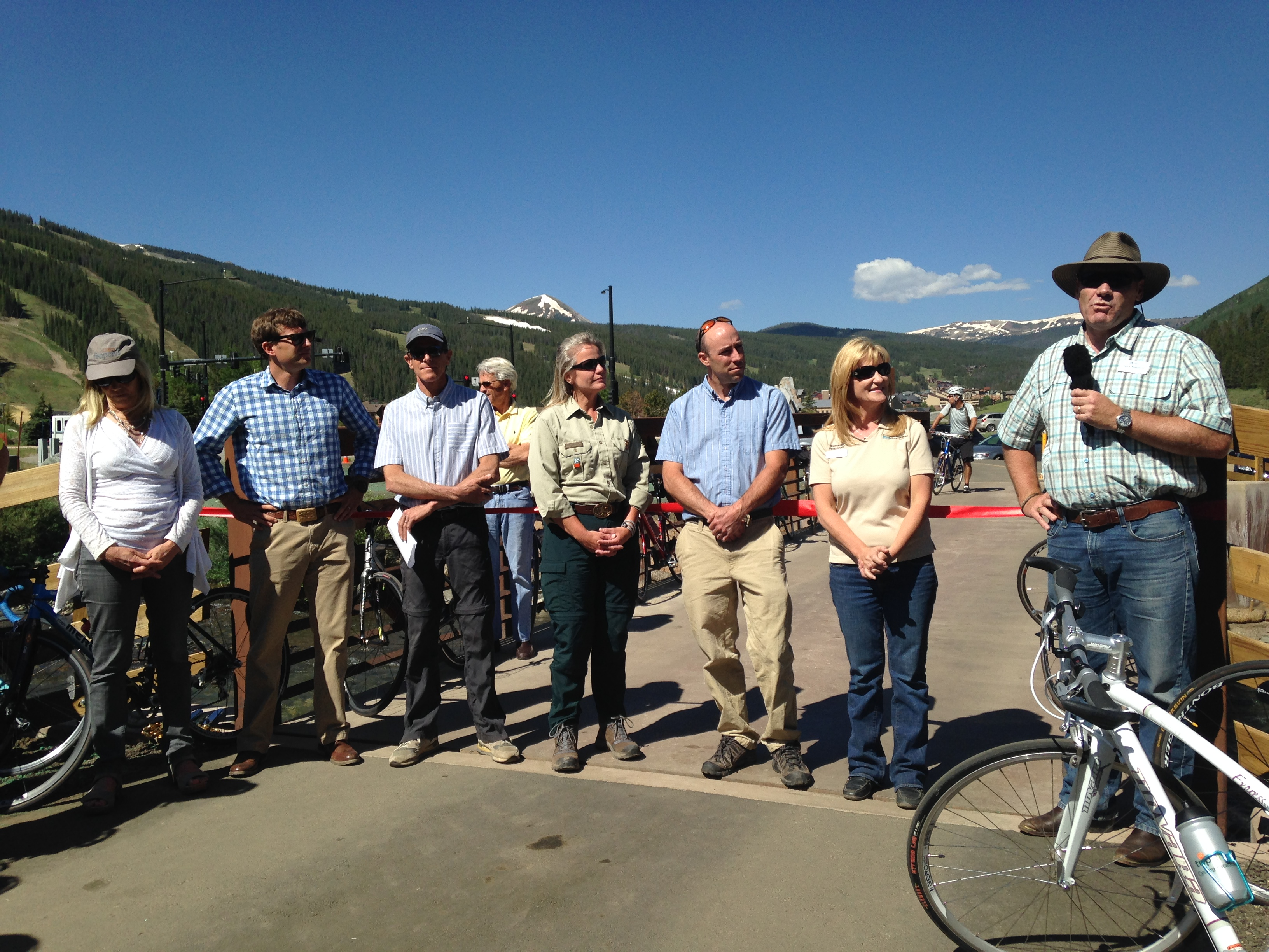 Photo of the ribbon-cutting ceremony for the Tenmile Recpath Extension in July 2014