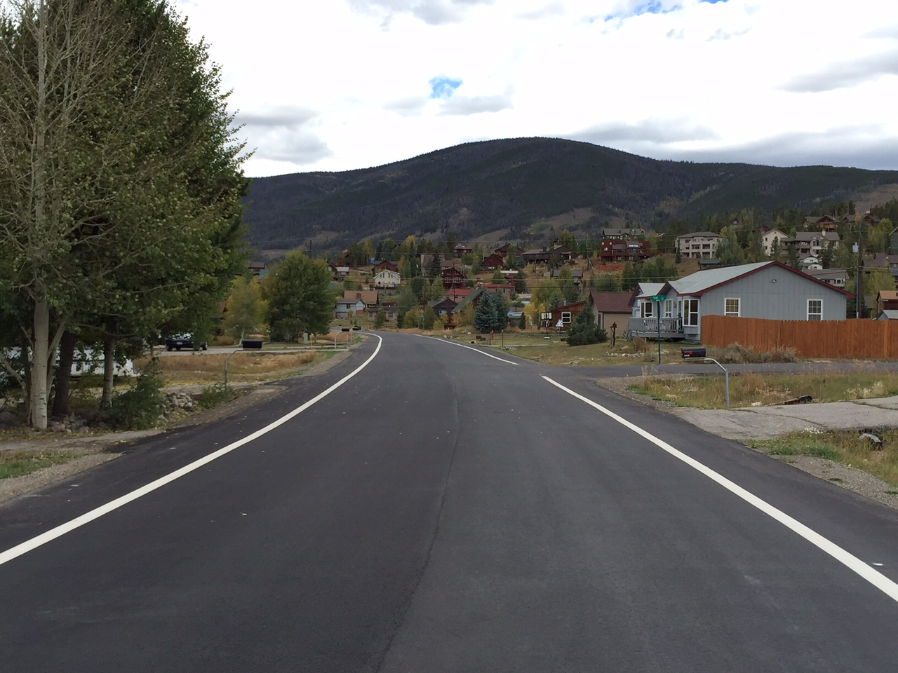 Photo of Summit Drive.