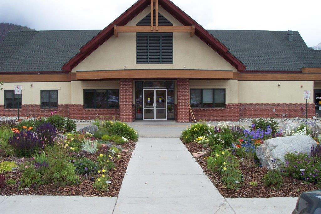 Photo of the Community Center.